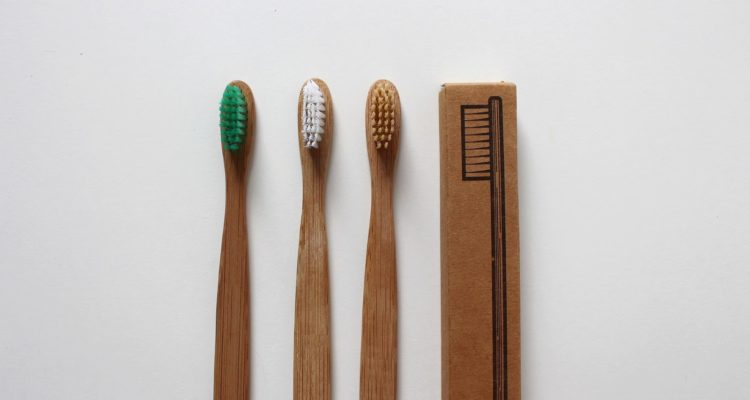 Tips for Picking a Toothbrush